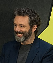 Michael Sheen crop n2 Good Omens panel at NYCC (61104).jpg
