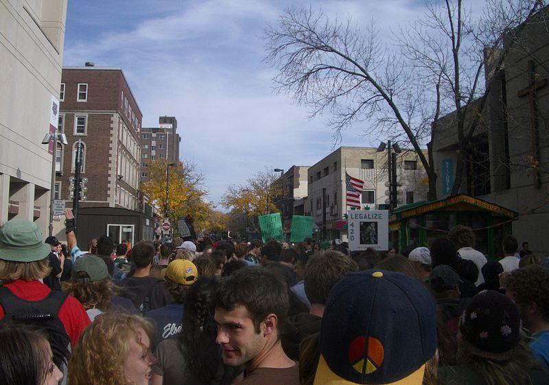 File:Midwest Marijuana Harvest Festival 2006.jpg
