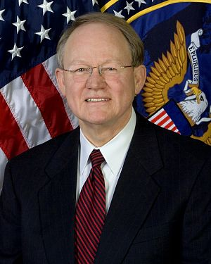 John Michael McConnell - Image: Mike Mc Connell, official ODNI photo portrait