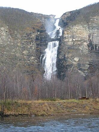 Reisa National Park - Image: Mollisfossen