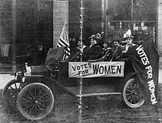 Montana Suffragists campaign for Votes for Women, November 2, 1914.jpg