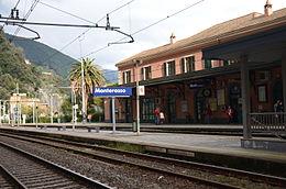 Autobus Stazione Di Reggio Calabria Villa San Giovanni Mare