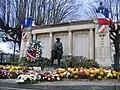Monument aux morts de Maisons Alfort le 11 novembre.JPG