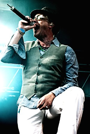 Morten Abel - Morten Abel at the Slottsfjell festival, July 2009