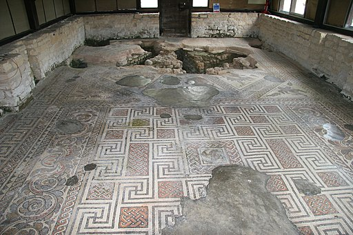 Mosaic Floor at Chedworth Roman Villa, Gloucestershire (4768614885)