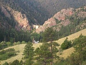 Cimarron Canyon State Park - Image: Mountain valley at Cimarron Canyon State Park (NM) Picture 1987