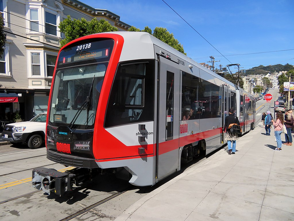 Muni 2013 at Carl and Cole, April 2018