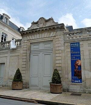Muséum d'Histoire naturelle de La Rochelle - Entrance gate of the museum.