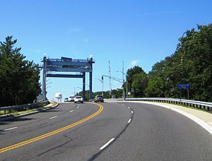 New Jersey Route 13 - Heading westbound onto the Lovelandtown Bridge, which is most of Route 13's alignment