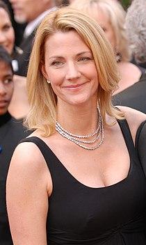 Nancy Walls @ 2010 Academy Awards.jpg