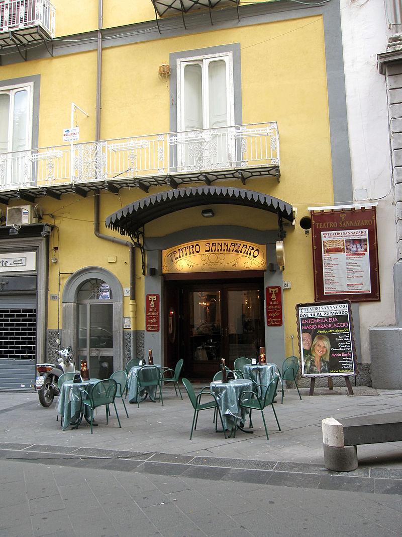 Napoli - Teatro Sannazzaro.jpg