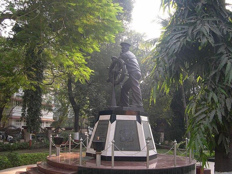 File:Naval uprising statue.jpg