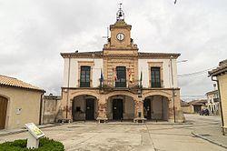 Navalilla-ayuntamiento-DavidDaguerro.jpg