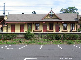 New Canaan Branch - Image: New Canaan R Rsta View Xtracks Jul 2007