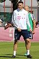 Niklas Suele Training 2018-05-08 FC Bayern Muenchen-5 (cropped).jpg