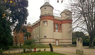 Toulouse Observatory - Image: Observatoire de Toulouse Face post