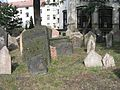 Old Jewish Cemetery, Prague 007.jpg