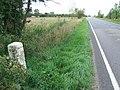 Old Milestone - geograph.org.uk - 1458119.jpg