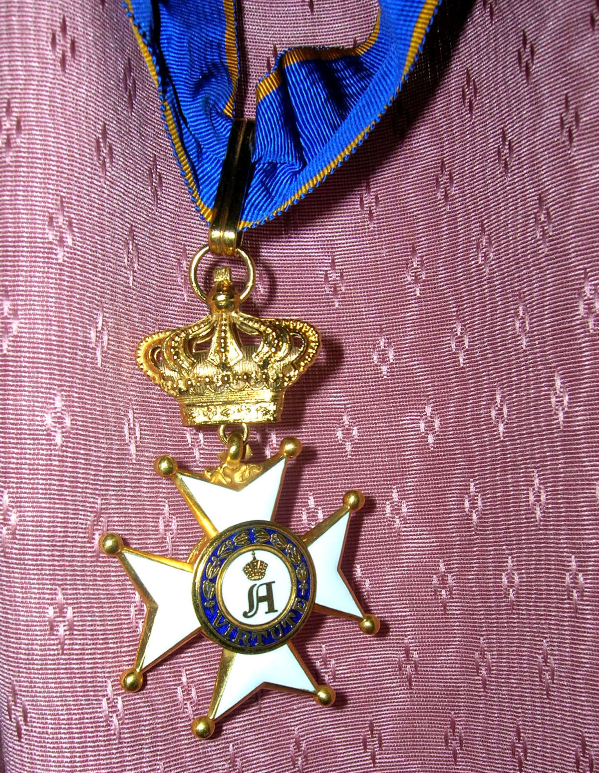 Who is depicted in the military order of Alexander Nevsky