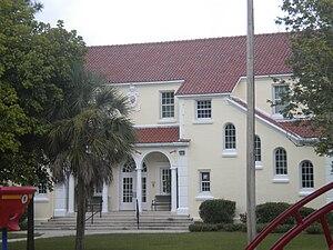 Ortega (Jacksonville) - Image: Ortega Elementary Front