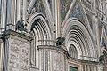 Orvieto kathedrale eingangs.jpg