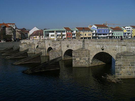 Písek Stone Bridge