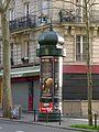 P1350338 Paris XIX avenue Simon-Bolivar colonne Morris rwk.jpg
