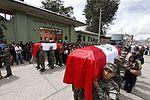 PUEBLO DE HUANCAYO RINDE HOMENAJE A MILITARES CAÍDOS EN EL VRAEM (26305210002).jpg