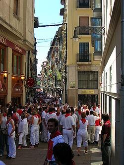 Pamplona Sanfermines Calle San Nicolas.JPG