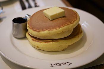 """Pancakes, """"Smart Coffee"""", Kyōto.jpg"""