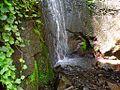 Parte de abajo de una cascada - panoramio.jpg