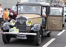 220px-Peugeot_301_door.jpg