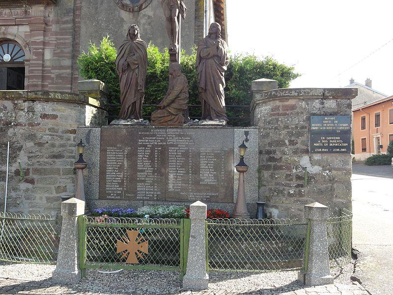 Pexonne (M-et-M) calvaire, monument 65 civils fusillés et plaques commemoratives