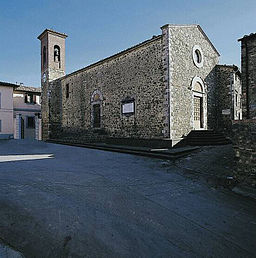 Die Kirche San Michele Arcangelo im Ortskern