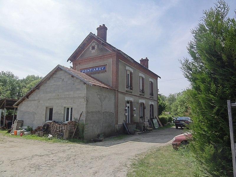 Pont-Arcy (Aisne) ancienne gare sur la ligne Soissons - Cormicy - Guignicourt des Chemins de fer de la Banlieue de Reims (CBR)