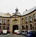 Porche de la mairie de Marchiennes.jpg