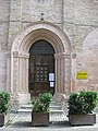 Portale Chiesa dei Morti d'Urbania.jpg