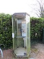Précieux (Loire) - Ancienne cabine téléphonique.jpg