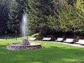 Pri fontáne - panoramio.jpg