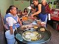 Puesto de gorditas fritas en Querétaro 02.jpg