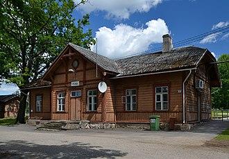 Puka, Estonia - Image: Puka raudteejaama peahoone