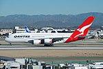 Qantas, Airbus A380, VH-OQA (16697856878).jpg