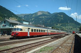 Trans Europ Express - Swiss TEE trainset capable of operating at four different voltages