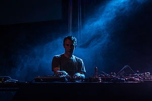 RJD2 - RJD2 performing at Moogfest 2014