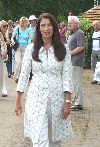 Rachel De Thame - De Thame at the 2009 Hampton Court Palace Flower Show