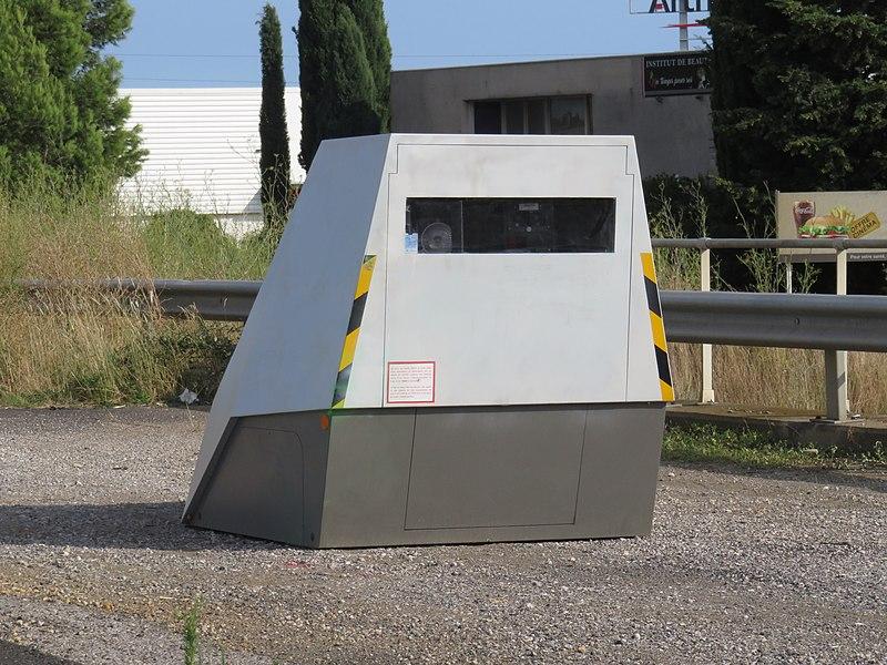 Fichier:Radar de chantier - Béziers, 2018.jpg
