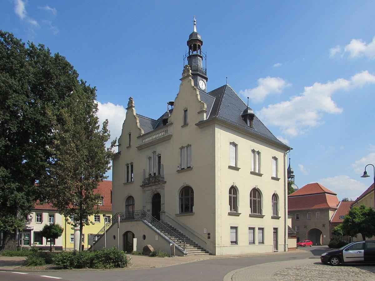 Rathaus Möckern – Wikipedia