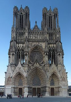 ReimsCathedral-01s.jpg