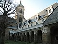 Rennes Abbaye Saint-Melaine cloitre 02.jpg