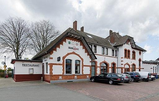 Rheinberg, Bahnhof, 2016 03 CN 03